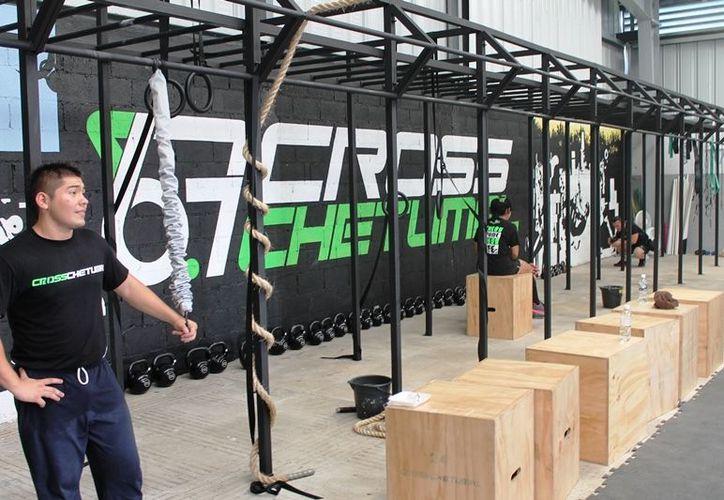 En el nuevo gimnasio se recomienda el crossfit desde pequeños. (Jorge Carrillo/SIPSE)