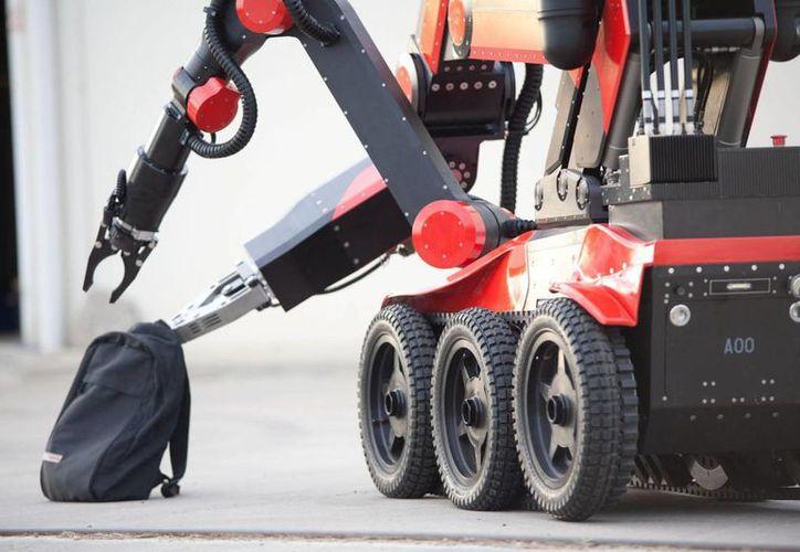 Los expertos trabajan con un robo aunav (como el de la imagen) para retirar el cobalto 60 que fue abandonado por desconocidos, en el Estado de México. (army-technology.com)