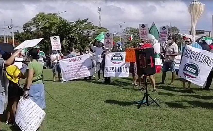 De acuerdo con uno de los manifestantes esta marcha se registró simultáneamente en otras ciudades del país. [Foto: Captura de pantalla]