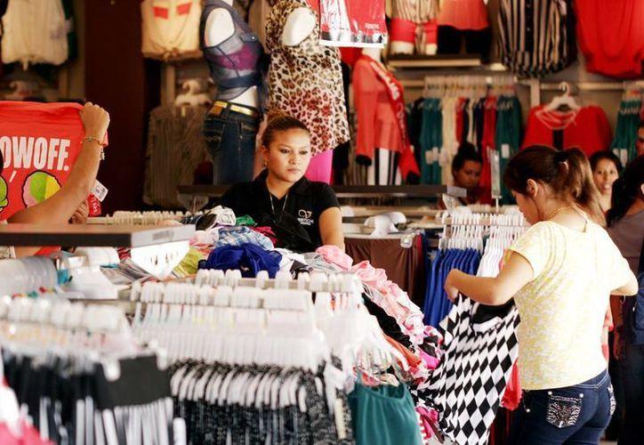 La gente dejó de comprar debido a la cascada de aumentos que se presentaron este mes. (Milenio Novedades)