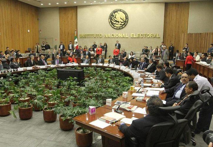 Los partidos del Trabajo y Humanista tuvieron hoy su última sesión en el Consejo General del Instituto Nacional Electoral (INE). (NTX)