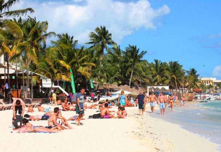 Durante diciembre se espera la llegada de millón y medio de turistas a Quintana Roo. (Daniel Pacheco/SIPSE)