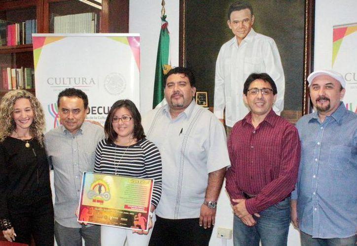 El concurso de trova yucateca entregará una bolsa de 60 mil pesos, divididos entre los tres primeros lugares.(Milenio Novedades)