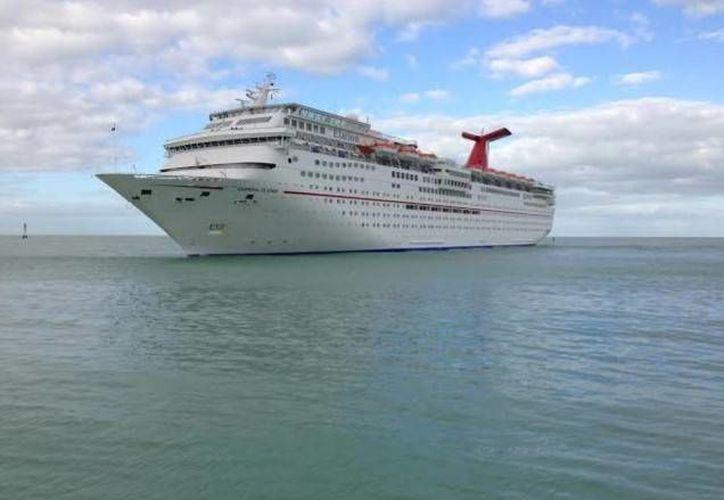 Las condiciones climatológicas de las últimas semanas afectaron la actividad de cruceros en Progreso. (Óscar Pérez/SIPSE)