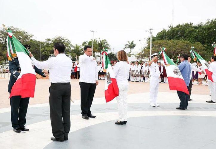 El Gobernador encabezó la ceremonia en el parque conmemorativo del Centenario del Ejército Mexicano. (Milenio Novedades)