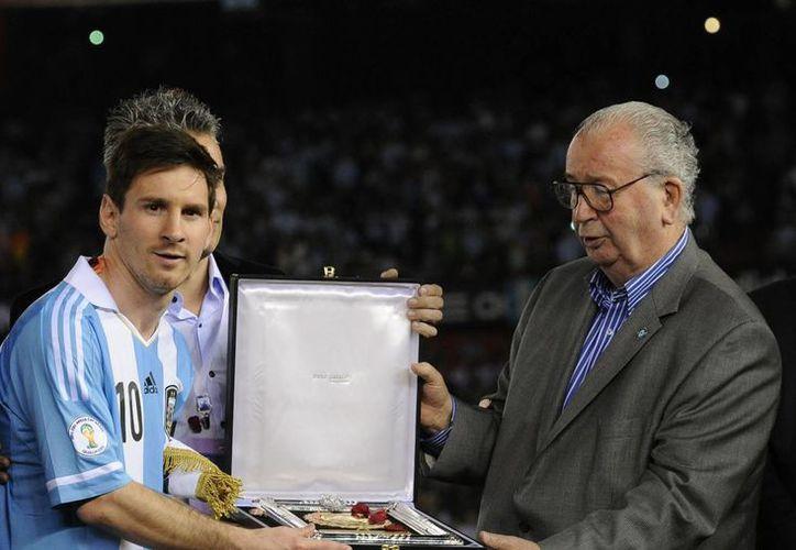 Lionel Messi mantenía una buena relación de amistad con Grondona. (AP)