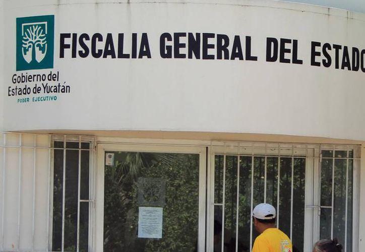 Captura la Fiscalía General de Yucatán a ex borgista acusado de Desempeño Irregular de la Función Pública, en Quintana Roo. (SIPSE)