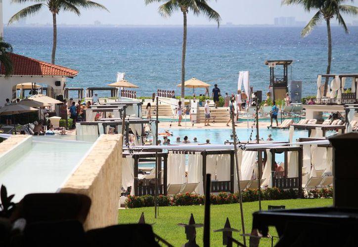 Los hoteles de la Riviera Maya tratan de mantener la estabilidad operativa. (Adrián Barreto/SIPSE)
