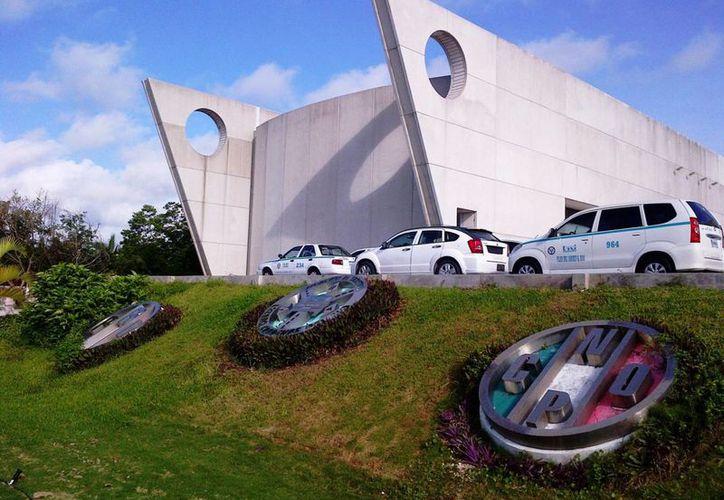 Los taxistas de Playa del Carmen volverán a manifestarse en contra de UBER. (Daniel Pacheco/SIPSE)