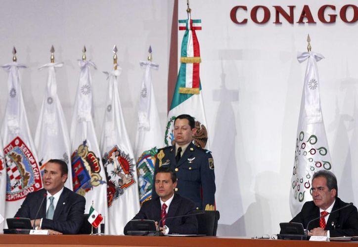 Peña Nieto instó a los tres niveles de gobierno a seguir trabajando por la seguridad del país. (Notimex)