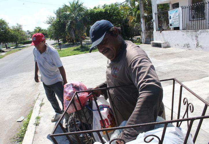 El cobro por la recolección de basura y por habitación ocupada han sido descartados de la Ley de Hacienda Municipal, aseguran regidores de Morena.  (Daniel Tejada/SIPSE)