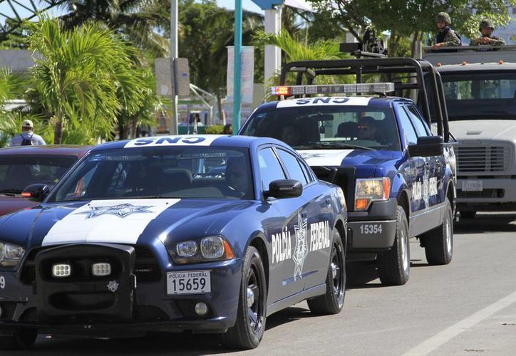 En el Estado se han levantado 100 boletas a automovilistas que transitan por carreteras federales que no cuentan con el Seguro de Responsabilidad Civil. (Harold Alcocer/SIPSE)