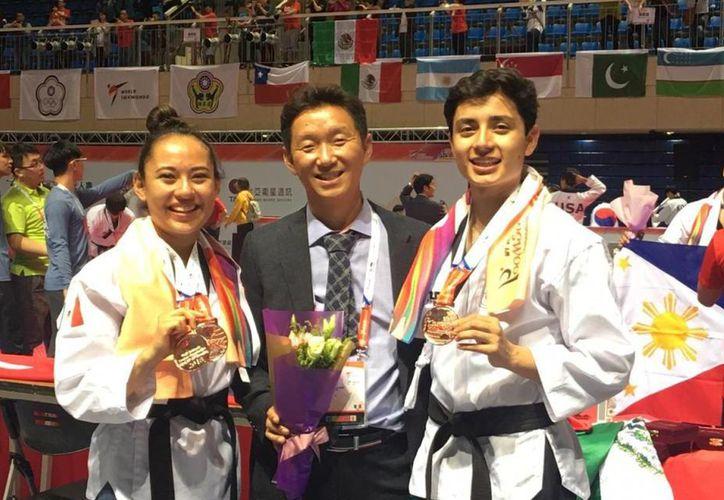 Atletas de México obtuvieron dos medallas de bronce en el Mundial de Poomsae. (Milenio)
