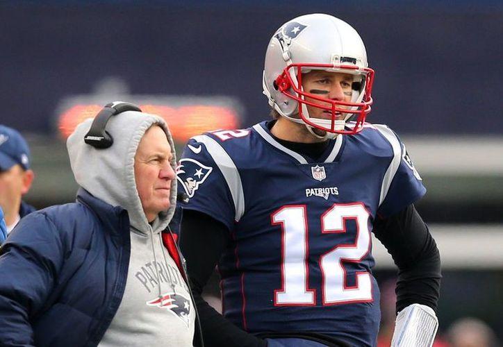 Tom Brady cumplirá pronto 41 años de edad y es tiempo de que los Patriots busquen nuevos talentos. (Vanguardia MX)