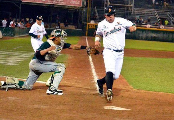 Broncos de Tamaulipas derrotó 12-9 a Leones de Yucatán, en el tercer partido de la serie que quedó 2-1 a favor de los del norte. (Milenio Novedades)