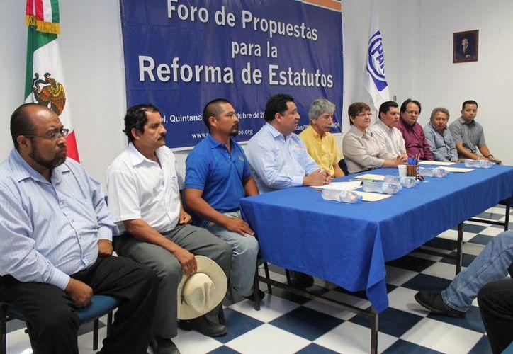 El día de ayer se realizó una conferencia de prensa en el comité estatal del blanquiazul. (Redacción/SIPSE)