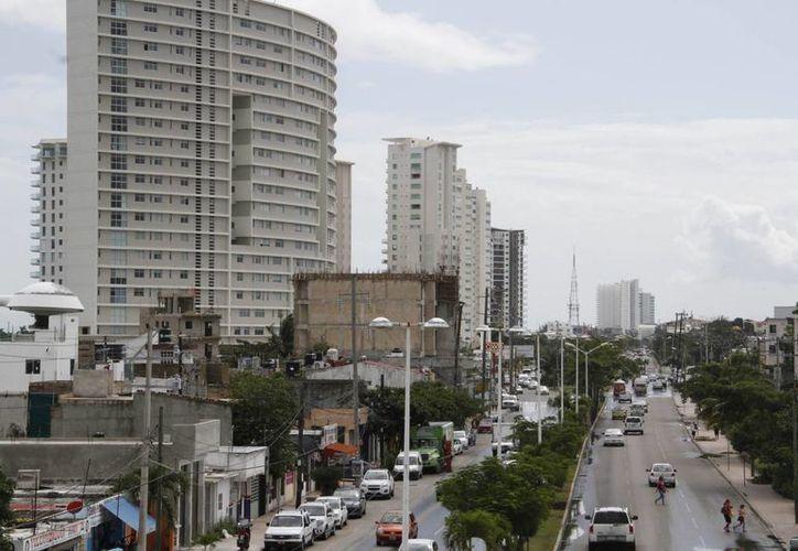Los jubilados adquieren viviendas especiales en los destinos turísticos. (Tomás Álvarez/SIPSE)