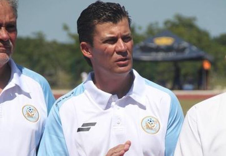 Ramón Ramírez, cree que en cada rinconcito hay un talento escondido. (Raúl Caballero/SIPSE)