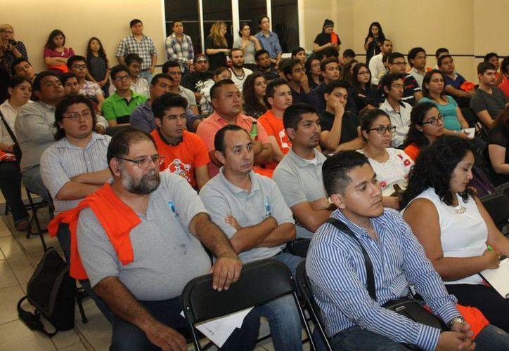 El curso de entrenamiento a emprendedores de alto impacto se realiza en la Facultad de Química. (Milenio Novedades)