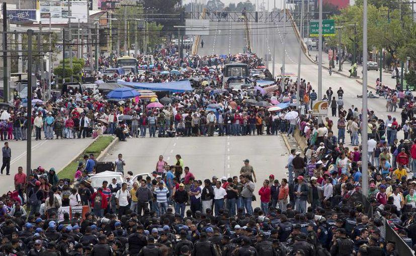 El presidente del Congreso señaló que los capitalinos están hartos de lo que ocurre en la ciudad. (Agencias)