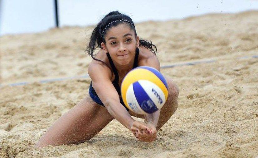 Las mejores parejas femeniles de voleibol de playa se darán cita en Chetumal este mes. (adnsureste.info)