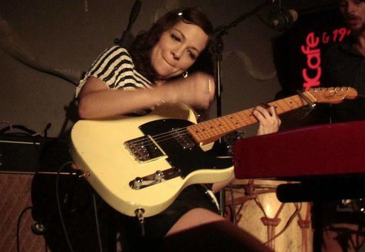 El álbum de Natalia Lafourcade fue postulado a mejor álbum de música alternativa, mejor video musical versión larga y mejor ingeniería de grabación. (Archivo Notimex)