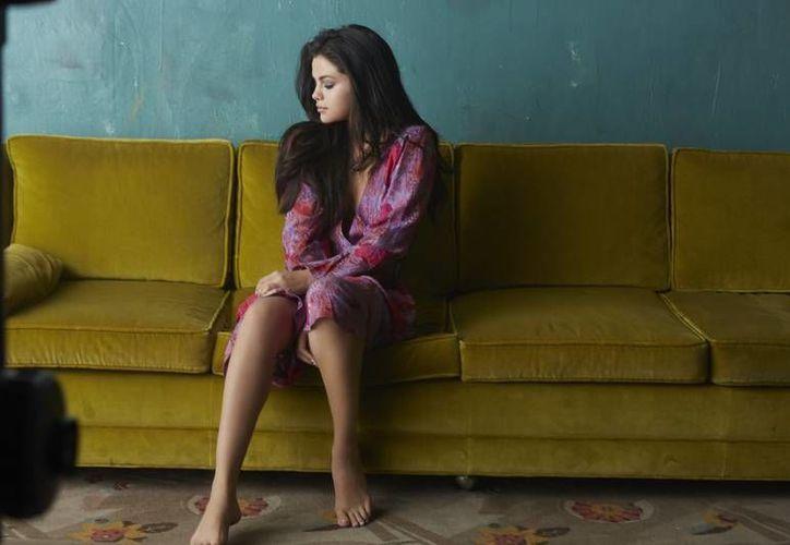 Imagen promocional del sencillo 'Good for you' de Selena Gómez, el cual cuenta con una colaboración del rapero A$ap Rocky. (selenagomez.com)