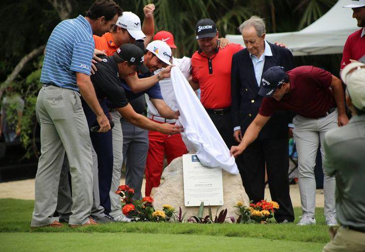Queda inaugurado formalmente el torneo de golf. (Israel Leal/SIPSE)