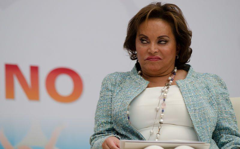 PGR quita pasaporte a Gordillo y analiza ponerle un brazalete