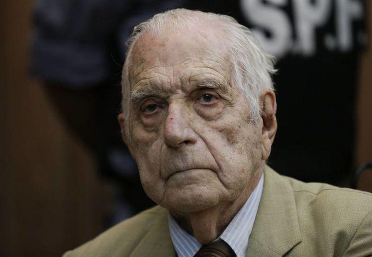 El exdictador Reynaldo Bignone espera un veredicto en un tribunal de Buenos Aires, Argentina. (Agencias)