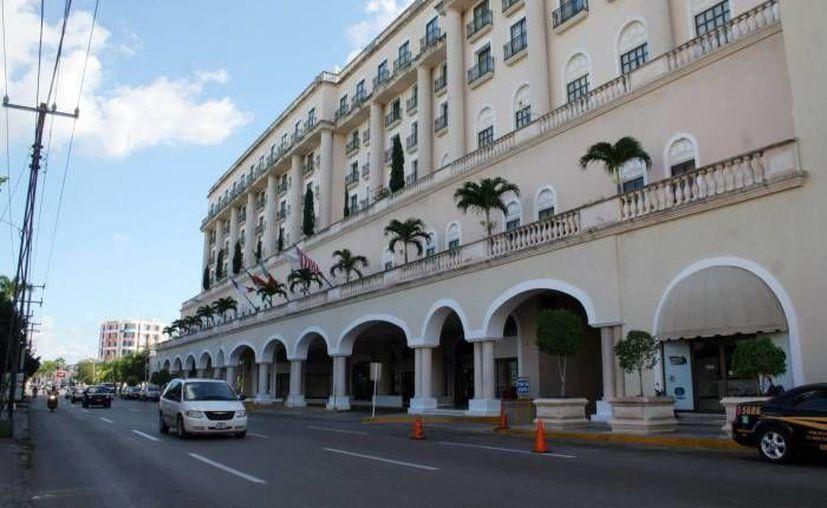 """Dirigentes empresariales promovieron 40 hoteles de Yucatán en la feria comercial """"Mérida tiene Playa y dos Pueblos Mágicos"""". (SIPSE)"""