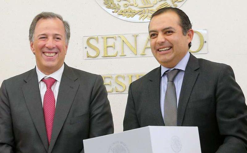 El presidente de la Mesa Directiva del Senado de la República, Ernesto Cordero, expresó su apoyo al candidato. (Internet)