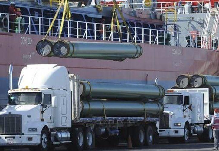 Deacero indicó que una gran oportunidad ante la Reforma Energética es la red de ductos que será construida para el transporte de gas natural. (alcaldesdemexico.com)
