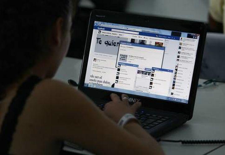 Las personas menores de edad son las más expuestas al ciberacoso o grooming. (Contexto)