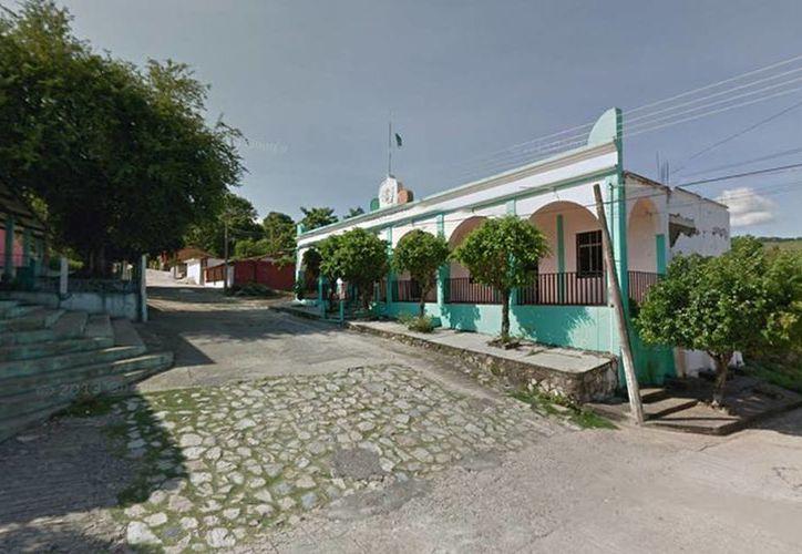 Desconocidos asesinaron al líder del PRI en Mártires de Tacubaya, Delfino Nieto Peláez, que también era esposo de la Presidenta Municipal electa de esa comunidad, Alba Mier Castellanos. (Google maps)