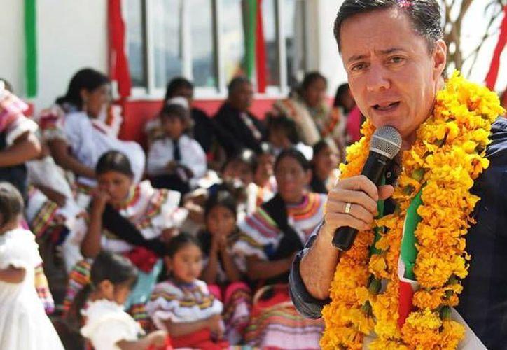 Tras el hallazgo de 11 cuerpos, el alcalde de Chilapa, Guerrero, dijo no tener nada qué esconder y que no está ligado al Crimen Organizado. (Foto tomada de Facebook)