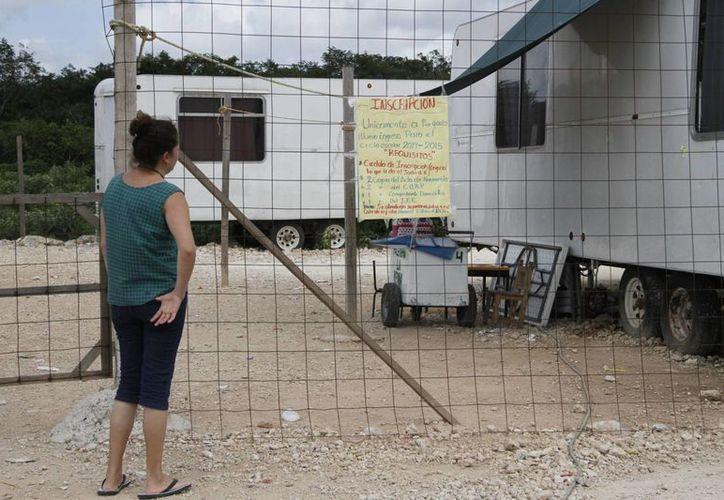 Los padres de familia cuyos hijos no encontraron cupo tendrán que esperar las indicaciones de la SEyC. (Tomás Álvarez/SIPSE)
