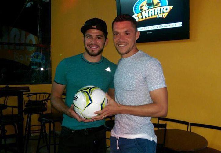 Henry (i) y Freddy Martín se encuentran en preparación para obtener un lugar en el cuadro titular en sus respectivos equipos. (Milenio Novedades)