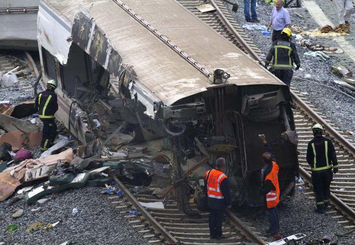Un tren que cubría la ruta entre Madrid y Ferrol se descarriló, cuando ya estaba muy cerca de Santiago de Compostela. (Agencias)