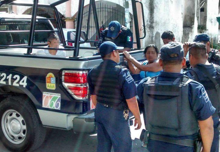 Una mujer fue víctima de un par de estafadores en Playa del Carmen, uno de ellos fue detenido. (Redacción/SIPSE)