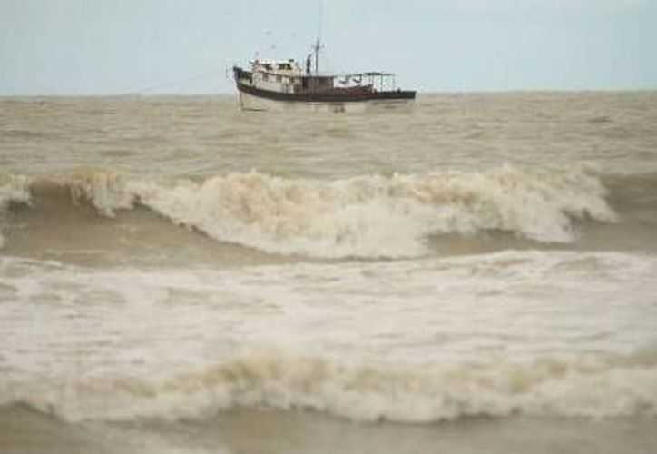A partir de las primeras horas de este sábado empiezan a sentirse en la costa yucateca los efectos del frente frío número 9. (Óscar Pérez/SIPSE/Foto de contexto)