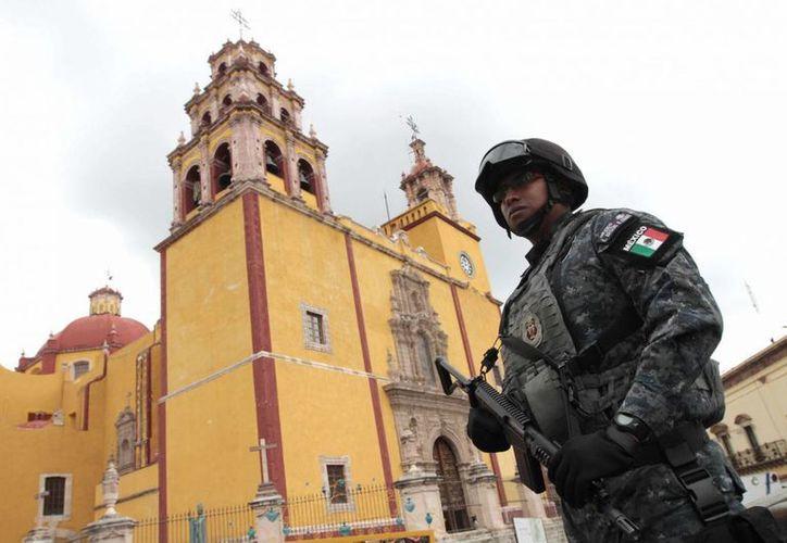 De las cinco mil plazas que se crearon para la Gendarmería, y para lo cual se aprobaron recursos, se completaron cuatro mil 103. (Archivo/Notimex)