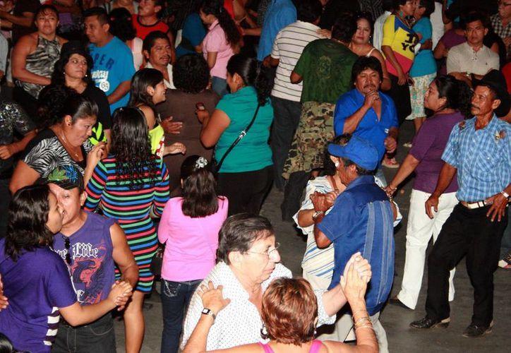 Durante las celebraciones habrá varios bailes y festejo regional en el Sindicato Único de Filarmónicos de Yucatán. (Milenio Novedades)