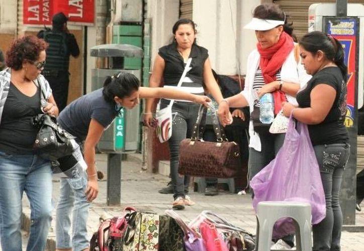 Canaco buscará que los ambulantes -ya en el comercio formal- sean proveedores del comercio organizado.  (Archivo/SIPSE)