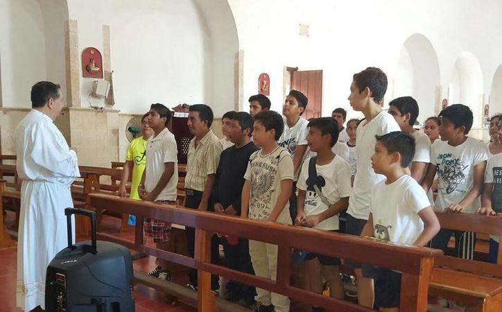 """Actividades alusivas a la celebración por  la canonización de """"Joselito"""", José Sánchez del Río, se realizaron en la parroquia de Tizimín. (SIPSE)"""