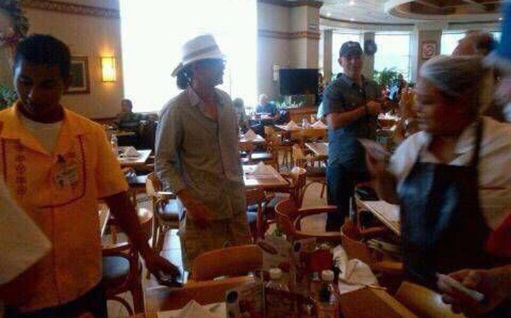 Johnny Depp también habría estado en el área de cafetería de una tienda departamental. (Foto: Twitter/DCaamal)