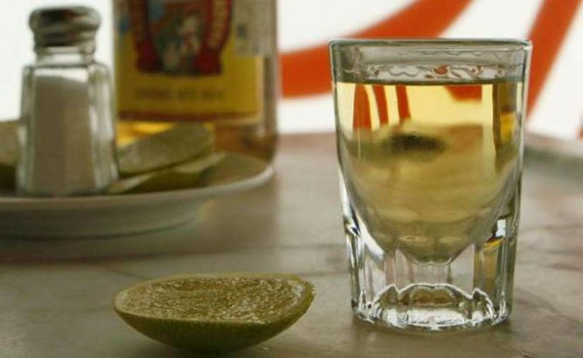 Recuerda revisar que el envase o botella no tenga raspaduras o golpes, sobre todo checar si la tapa no está maltratada. (Archivo SIPSE)