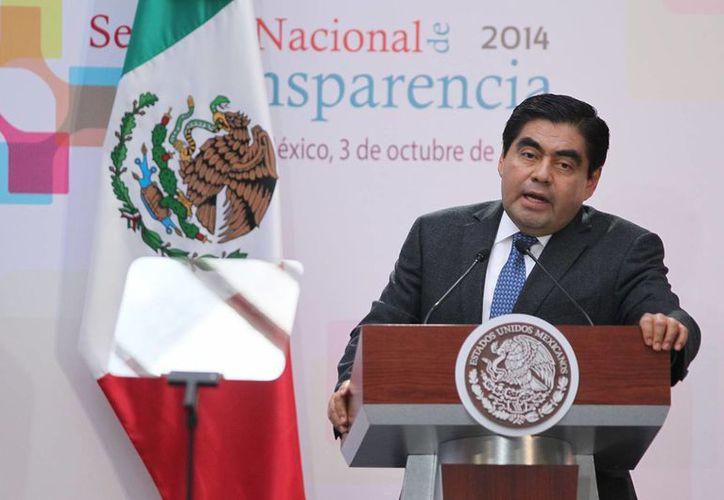 El senador perredista Miguel Barbosa dijo que el combate a la delincuencia no puede pasar por alto el respeto a los derechos humanos. (Notimex)