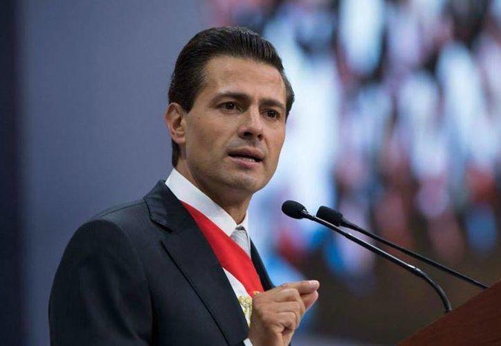 Imagen del presidente Peña Nieto, quien durante una entrevista sostuvo que nadie comprendió la dimensión del caso Iguala. (facebook.com/EnriquePN)