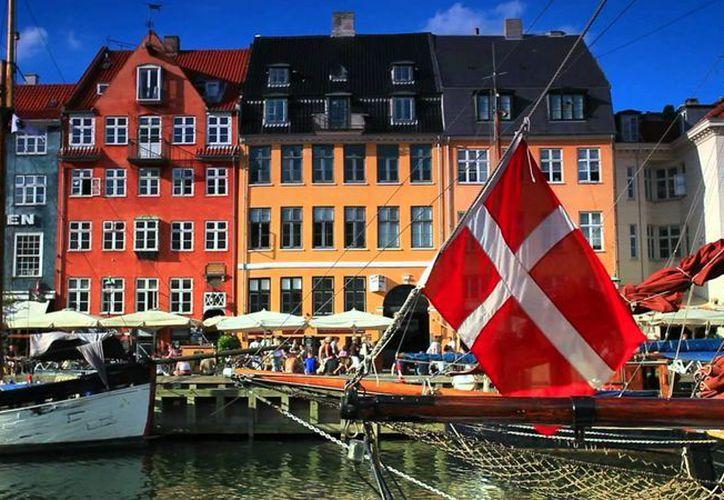 Dinamarca es la nación menos corrupta del mundo, según estudio. La imagen corresponde a los típicos canales de la capital danesa, Copenhague. (Agencias)
